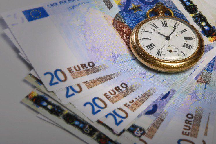 watch & money